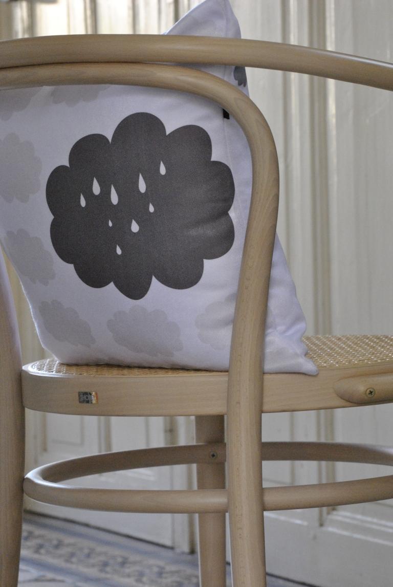 Petit Sourire Pillow1
